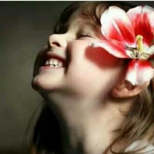 爱善天使微微笑